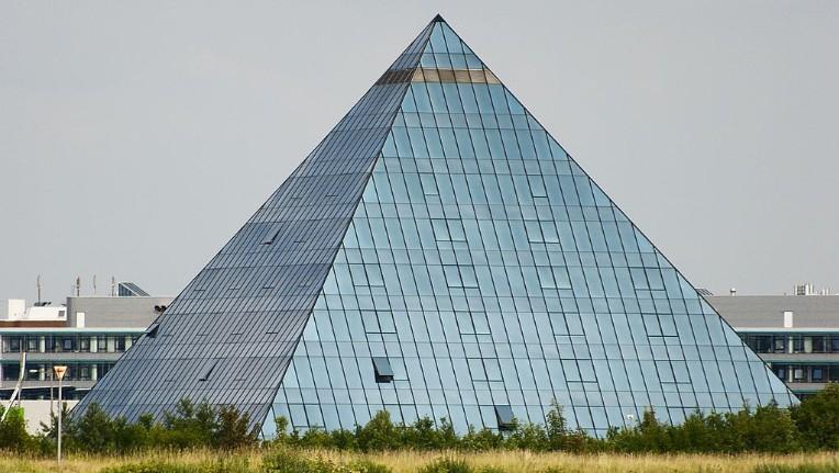 Fürther Pyramide-Hotel wieder eröffnet – Excelsior Hotel Nürnberg Fürth